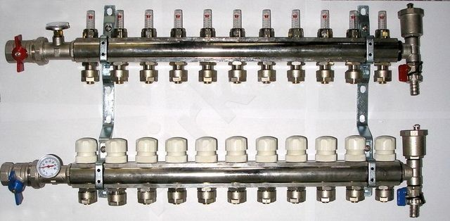 Kolektorius reguliuojamas 73003 16x1/2x10