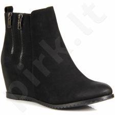 Sergio Leone  auliniai batai