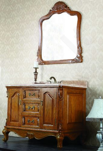 Vonios kambario baldai 8192 su veidrodžiu