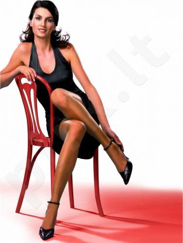 Vienspalvės pėdkelnės 15 denų storio  VENUS su elastanu (kūno)