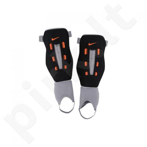 Apsaugos futbolininkams Nike Wrapt Shield SP0261-010