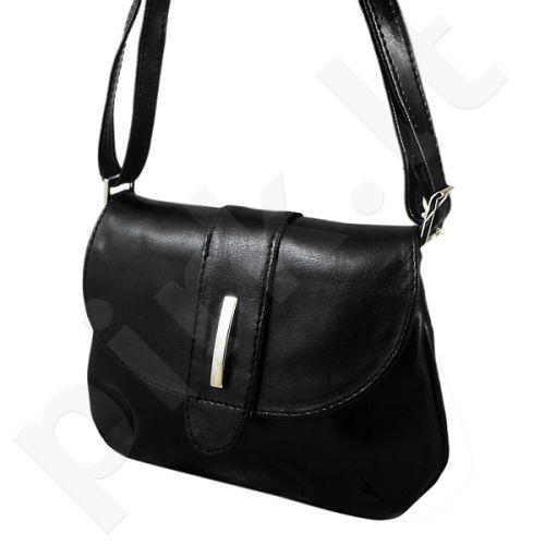 DAN-A T79 juoda rankinė iš natūralios odos , moteriška