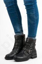 Auliniai batai ERYNN