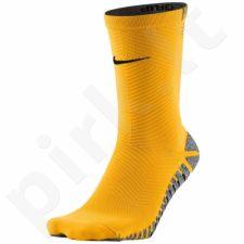Kojinės futbolininkams Nike Grip Strike Light Crew M SX5486-857