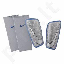 Apsaugos blauzdoms futbolininkams Nike Mercurial Flylite SuperLock SP2121-095