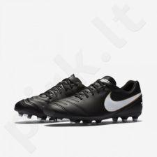 Futbolo bateliai  Nike Tiempo Rio III FG M 819233-010
