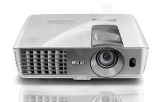 Projektorius  BenQ W1070 1080P 2000 ANSI 2xHDMI 10000:1 10w 3 KG
