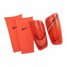 Futbolo apsaugos Nike Mercurial Lite  Futbolo apsaugos SP2120-892