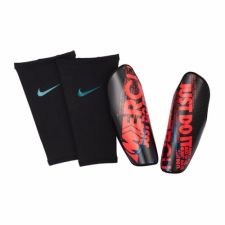 Futbolo apsaugos Nike Protegga Carbonite SP2108-014
