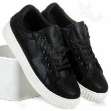 DIAMANTIQUE Laisvalaikio batai
