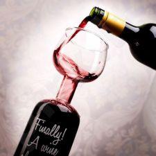 Vyno taurė - butelis