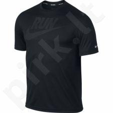 Marškinėliai bėgimui  Nike Dri-FIT Graphic Challenger M 743875-010