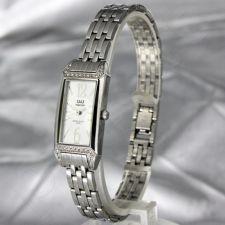 Moteriškas laikrodis Q&Q P203J201