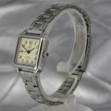 Moteriškas laikrodis Q&Q R383J203Y