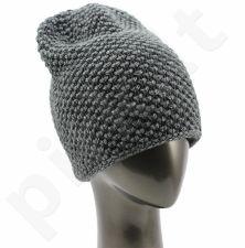 Moteriška kepurė su vilna MKEP089