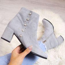 Auliniai batai Juma