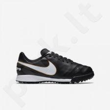 Futbolo bateliai  Nike Tiempo Legend VI TF Jr 819191-010